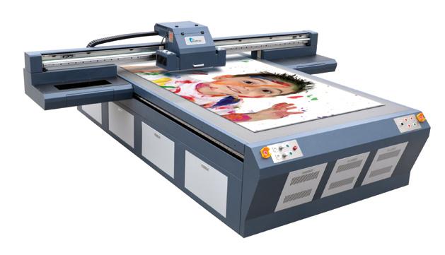 Impresora UV impresión directa sobre rígidos